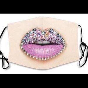 NWT Face Mask with gorgeous lips